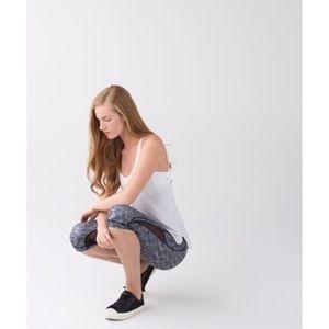 lululemon athletica Pants - LULULEMON DROP IT LIKE IT'S HOT STATIC CROP SZ 6
